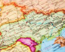 Pourquoi le Donbass a-t-il proposé à Kiev une feuille de route pour la mise en œuvre des accords de Minsk ?