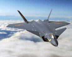 Chine / En attendant le chasseur-bombardier autonome de 6ème génération « Dark Sword », le Chengdu J-20 est produit en masse