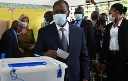 Côte d'Ivoire : avec 94% des voix, Ouattara remporte une présidentielle boycottée par l'opposition