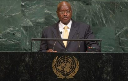 L'Ouganda, un régime vieillissant sur la défensive
