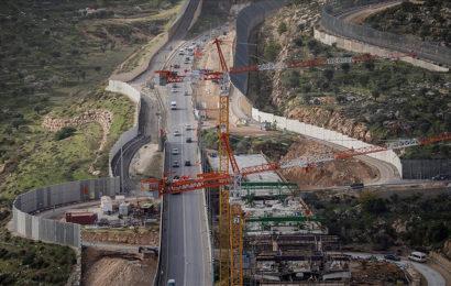 Israël / Le projets routiers garantissent que l'apartheid est là pour rester