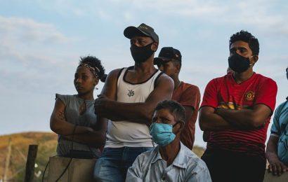 Amazonie détruite, violences contre les minorités : le bilan calamiteux de deux ans de Bolsonaro au Brésil