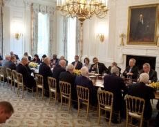 « Extrémistes » : L'épouvantail des dirigeants pour justifier leur propre pouvoir