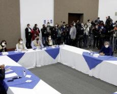 Equateur : Washington applaudit le recomptage des voix, la gauche internationale s'en inquiète
