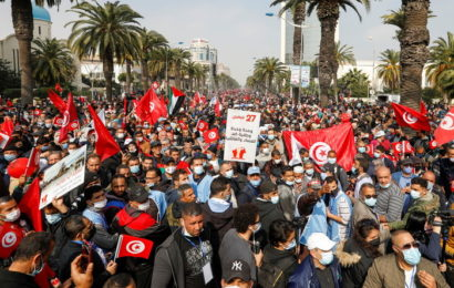Crise politique en Tunisie : démonstration de force du parti islamiste Ennahdha
