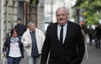 France / Asselineau pronostique la victoire de Marine Le Pen en 2022, qu'il qualifie de «fausse opposante» – exclusif