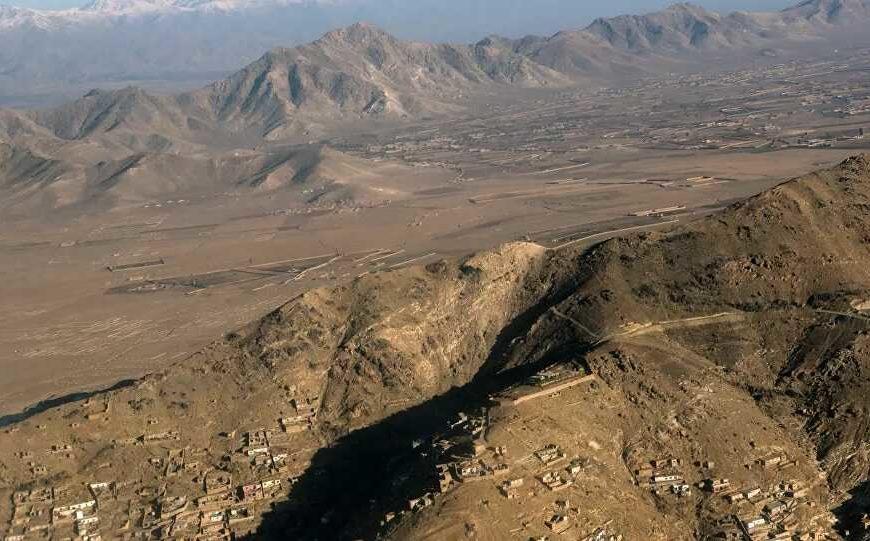 Les talibans assurent désormais contrôler 90% de la frontière afghane, la Russie confirme