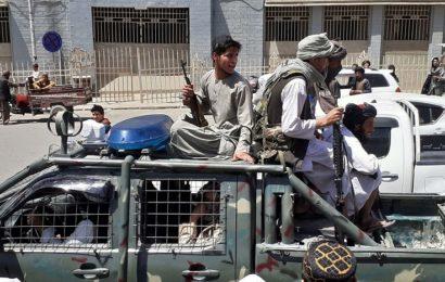 Comment l'Afghanistan a-t-il pu s'effondrer en quelques jours