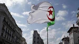 Algérie / Sur la voie de connivences patriotiques